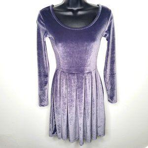 Aritzia Talula Velvet Scoop Neck Dress